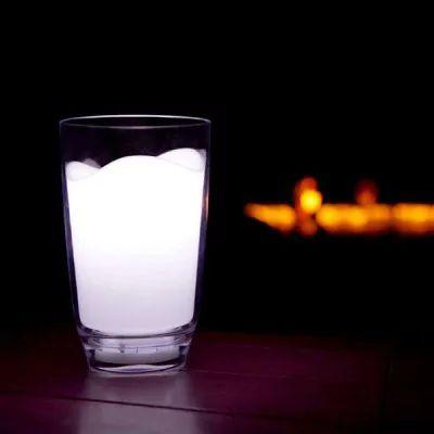 Abajur copo de leite criativo