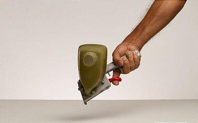 Maqanbi - Pistola p/ aplicar cola de contato em topos de 25mm - RV