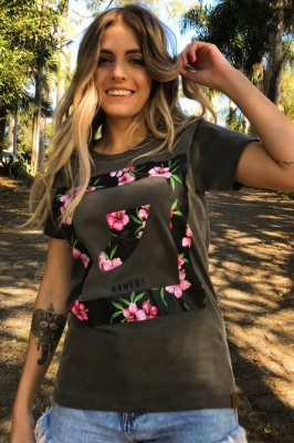 Camiseta Hawewe Surf Quilha Floral Estonada