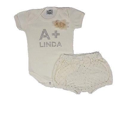 Conjunto Bebê Body A + Linda Bege + Shorts Lesie