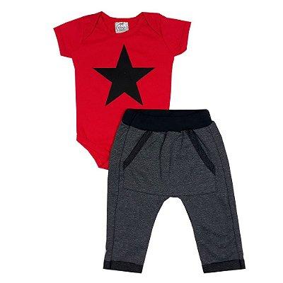 Conjunto Bebê Body Estrela Vermelho + Calça Saruel