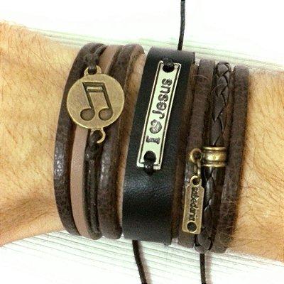 Kit de Pulseiras masculinas de couro com desconto Eu amo Jesus. Composto por 3 pulseiras super estilosas.