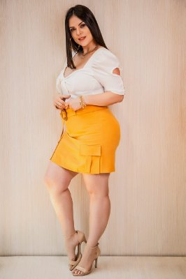 Short saia plus size