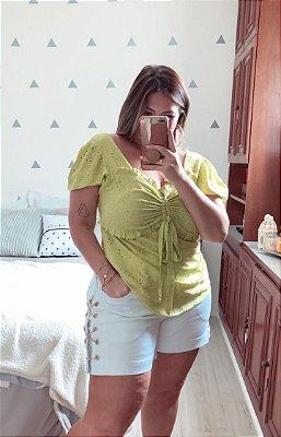 Blusa em viscose plus size