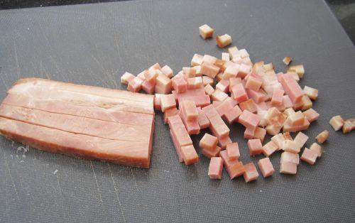 Bacon suíno picado - bandeja 300gr