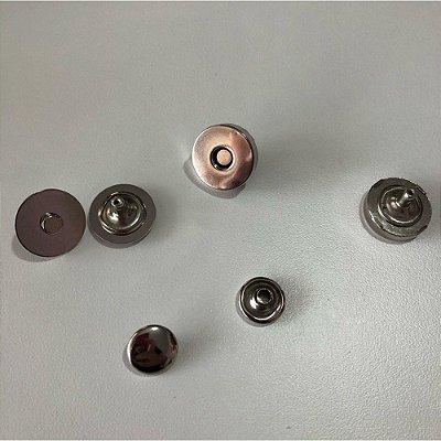 Botão de Imã c/ Rebite Duplo 18 Prata (5 unidades)