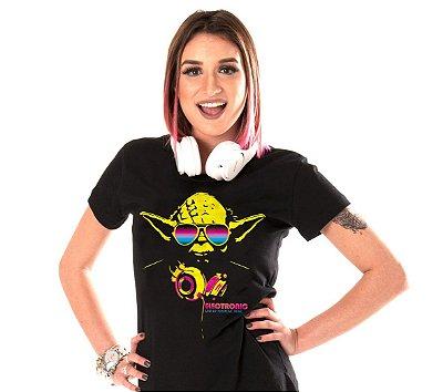 Camiseta Musica Eletrônica Feminina - MESTRE YODA