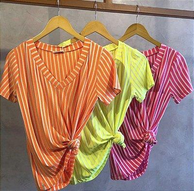 Blusa laranja neon