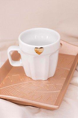 Caneca Branca Coração Dourado