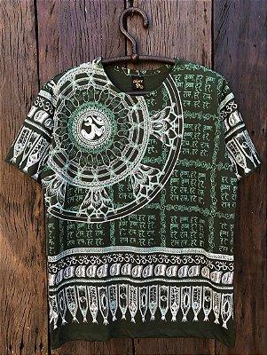 Camiseta Indiana Masculina Mandala Om Verde