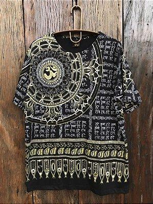 Camiseta Indiana Masculina Mandala Flor de Lótus Preta