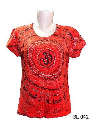 Camiseta Indiana Feminina Mantra Om Vermelha