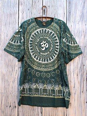 Camiseta Indiana Masculina Mandala Mantra Om Verde