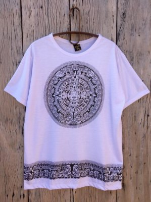 Camiseta Indiana Masculina Mandala Asteca Branca