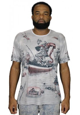 Camiseta Indiana Unissex Gnomo Pescador Branca