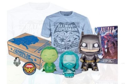 POP Funko Legion of Collectors Box Batman vs Super-Man