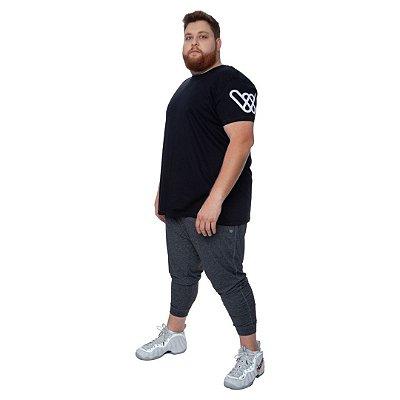 Camiseta Malha Bordada