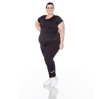 T-Shirt Plus Size Antimicrobiana