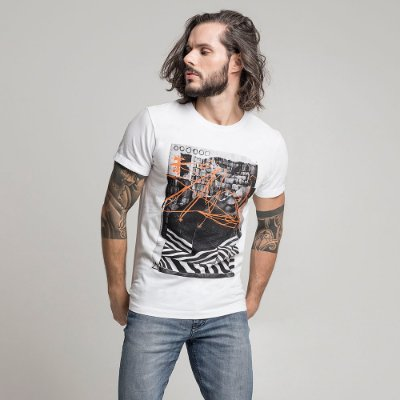 CAMISETA STONE INTERVENTION BRANCO