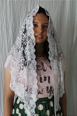 Véu Branco com Barrado de Rosas