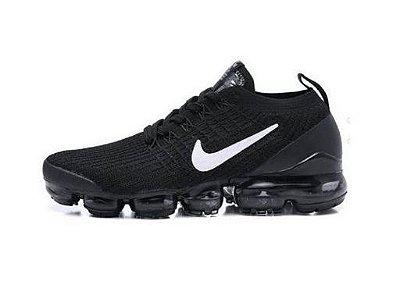 Tênis Nike Air Vapormax Flyknit 3 Preto e Branco