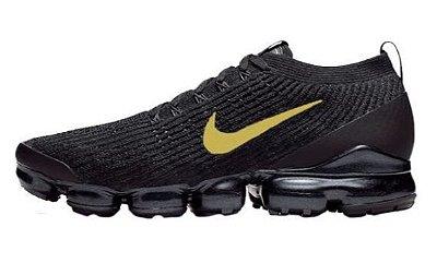 Tênis Nike Air Vapormax Flyknit 3 Preto e Dourado