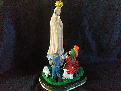 Escultura Nossa Senhora De Fátima Resina 42 Cm Imagem