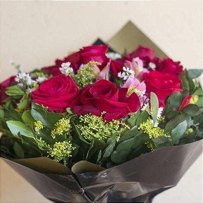 Buquê com 6 Rosas Colombianas