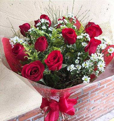 Buquê de 12 rosas nacionais