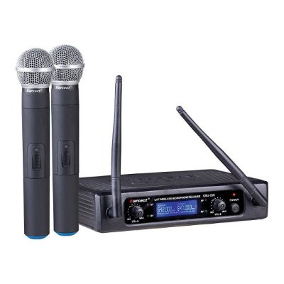 Microfone Sem Fio UHF Karsect KRU 220 mão