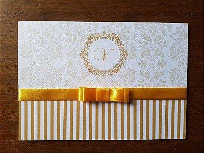 Convite de aniversario perolado debutante