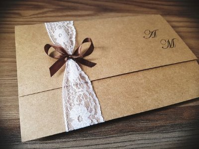 Convite de casamento rustico com renda