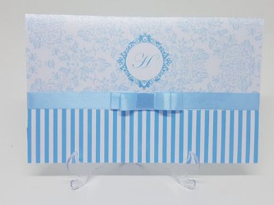 Convite metalizado azul e branco 15 anos
