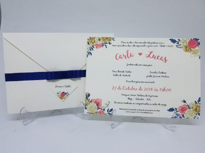 Convite casamento floral marfim