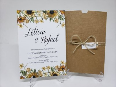 Convite casamento girassol envelope kraft linhao 250g