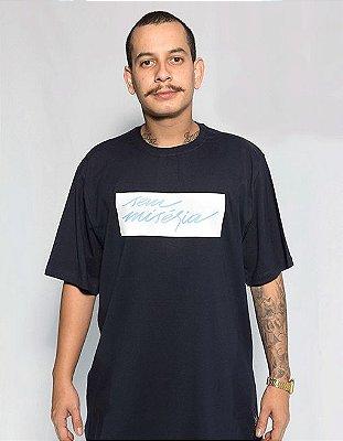 Camiseta Sem Miséria Tag - Azul Marinho