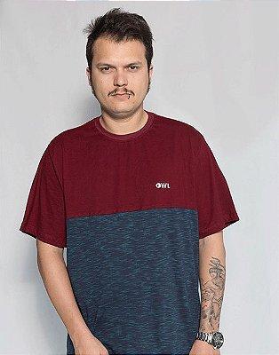 Camiseta Bordado Dublê - Bordô e Azul