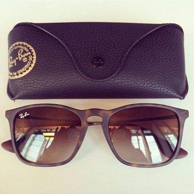 3de1e4e01dc60 Óculos de Sol Ray-Ban Chris Tartaruga Fosco Degradê Quadrado Oncinha ...