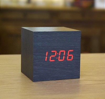 Relógio Cubo de Madeira - preto