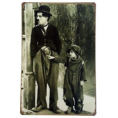 Placa de Metal Decorativa Charlie Chaplin - 30 x 20 cm