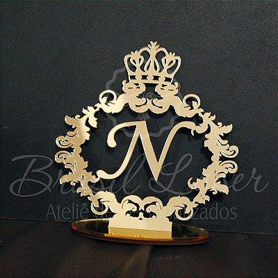 Topo de Bolo Brasão e Coroa (Personalizado com Inicial que o Cliente Desejar) - TBB 00156A