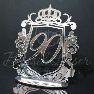 Topo de Bolo Brasão e Coroa (Personalizado com Idade que o Cliente Desejar) - TBB 00171A