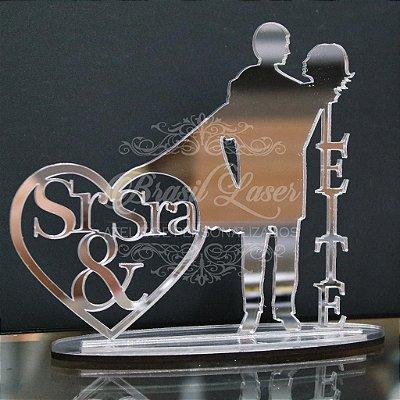 Topo de Bolo Casal Sr & Sra (Personalizado com Sobrenome que o Cliente Desejar) - TBC 00508A