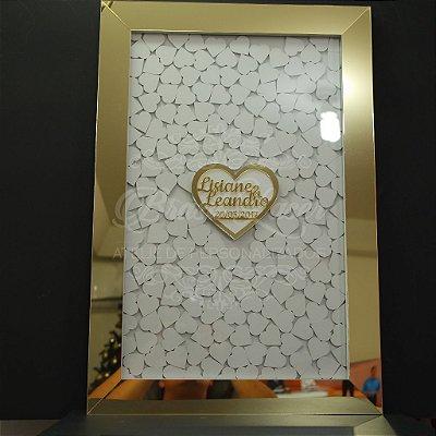 Quadro de Assinaturas Coração Pintado com Acrílico Espelhado Personalizado com os Nomes do Casal e Data Evento - QAV 01003A