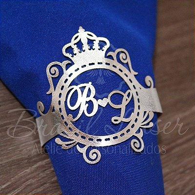 1 Porta Guardanapo em Courvin Coroa com a Inicial(is) que desejar - #Quant.Mínima: 10 unidades iguais# PGC 03014A