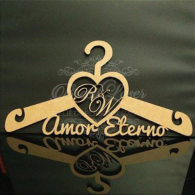 Cabide Personalizado Coração com as Inicial(is) e os Nome(s) dos Noivos - CAV 01025A