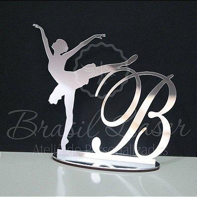 Topo de Bolo Bailarina (Personalizado com a Inicial Debutante XV 15 Anos ou Aniversariante que o Cliente Desejar) - TBV 01021C
