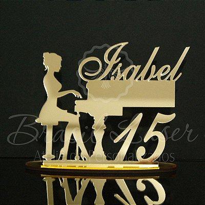 Topo de Bolo Pianista (Personalizado com Nome e Idade Debutante XV 15 Anos ou Aniversariante que o Cliente Desejar) - TBV 01104A