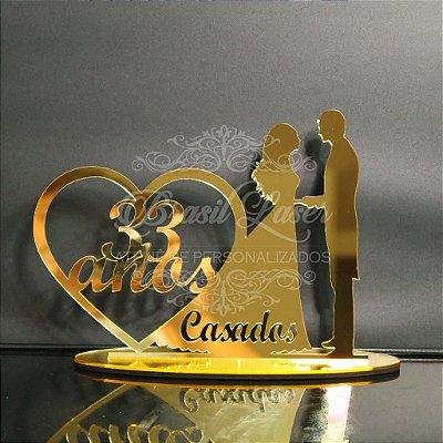 Topo de Bolo Casal Coração Casados (Personalizado com Quantos Anos do Casal que o Cliente Desejar) - TBC 00501D