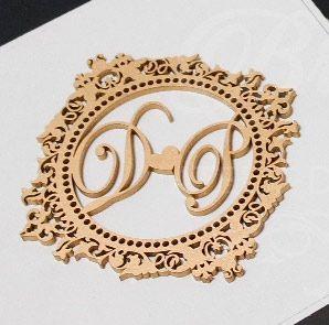 1 Monograma / Brasão Personalizado para Caixinhas ou Convites (Pintado e Sem Pintura) - #Quantidade Mínima: 10 unidades iguais# - MOB 00101B